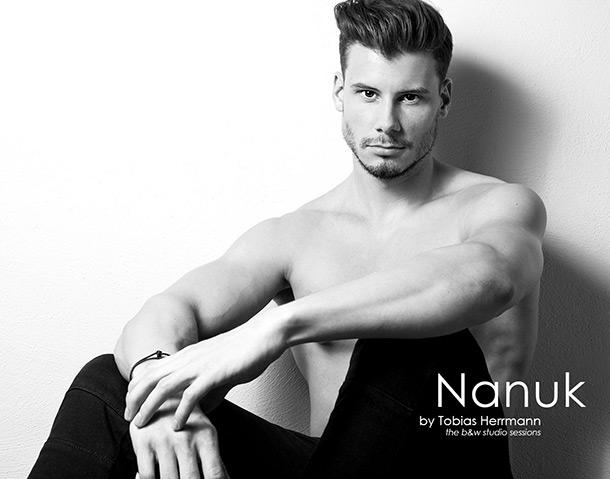 Nanuk by Tobias Herrmann